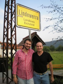 83 bluesfoundation-visits-ruf-records-in-lindewerra-